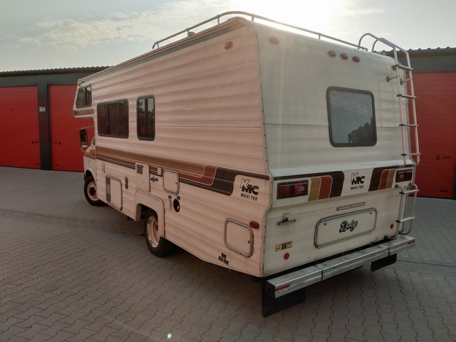 Our new baby - 79 KMC Camper - does it count? __IMG_20190630_191328